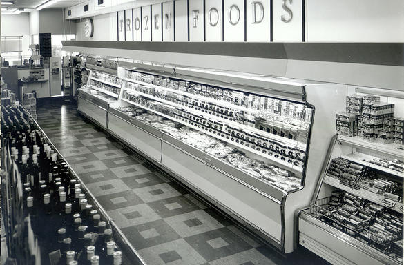 Hussmann_first_frozen_display_1960s